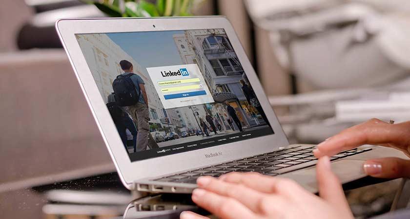 siliconreview LinkedIn's desktop design gets a huge makeover
