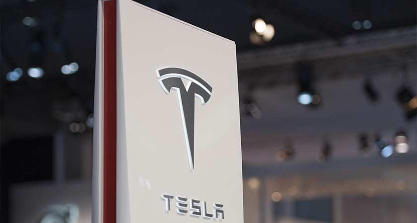 Tesla's Autopilot Tech Has Made Its Cars 40% Safer