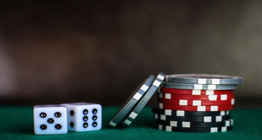 Can Online Gambling Make You a Better Leader?