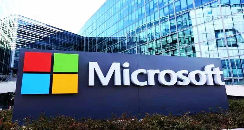 Microsoft to sell its major products at brick-and-mortar stores