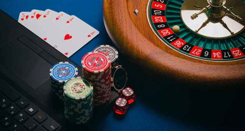 What You Should Know About Online Gambling