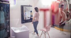 siliconreview-smart-mirror-ibm-enhancement-retail